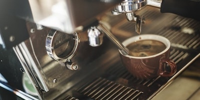 brewing-coffee-illustrates-email-marketing-content-idea